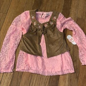 Wonder nation girls size 7/8 top with vest !new!